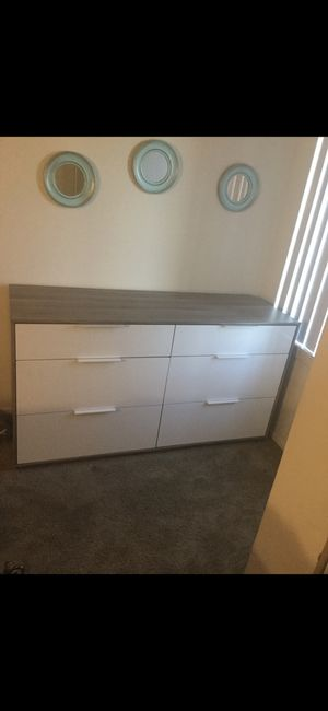 6 drawer dresser for Sale in Alexandria, VA