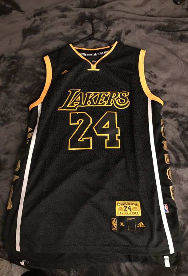 Kobe Bryant Commemorative jersey xl for Sale in Los Angeles, CA ...
