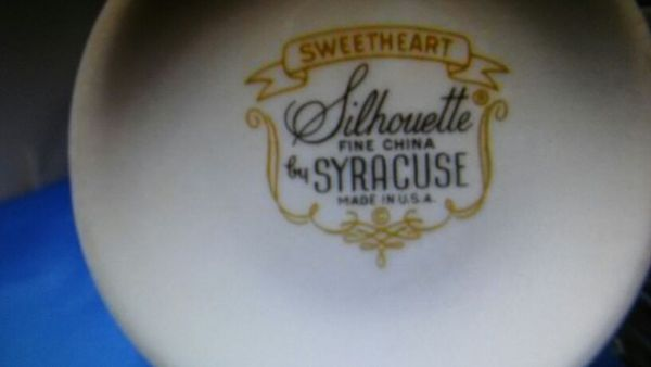 Syracuse Silhouette Fine China in Sweetheart Pattern for Sale in ...