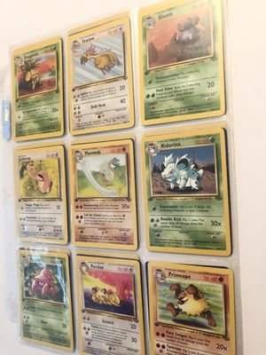 Photo 26 1st edition jungle Pokemon cards