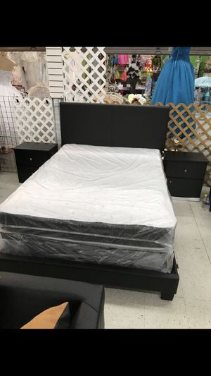 5 PCS BEDROOM SET NEW IN BOX FULL or QUEEN JUEGO DE HABITACIÓN TODO NUEVO EN SU CAJA for Sale in Coral Gables, FL