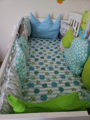 Crib bumper for Sale in Baltimore, MD