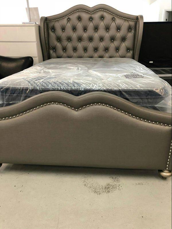 King, Queen Bed frame for Sale in Las Vegas, NV - OfferUp