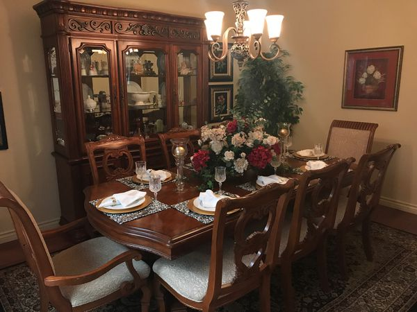 Formal Dining Room Table with Glass Front China Hutch, 6 ...
