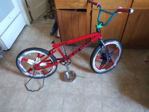 Photo Gt bike complete or frame