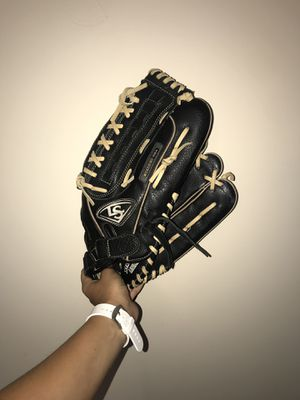 New and Used Softball glove for Sale in Charlotte, NC - OfferUp