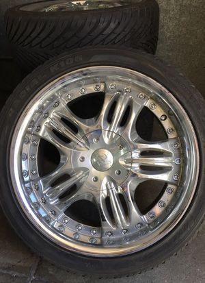 Chrome wheels ( rims with good tires) for Sale in San Francisco, CA