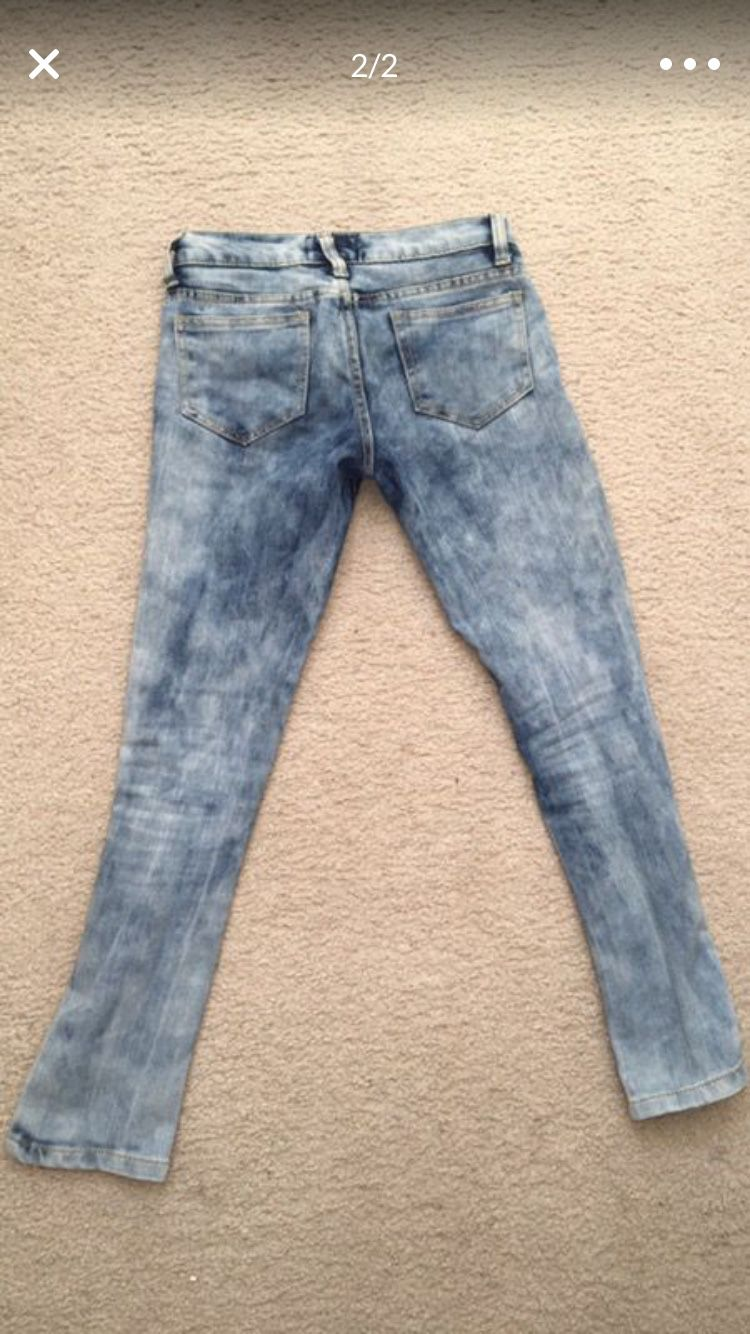 Girls size 10 ripped jeans-excellent condition Thrill brand