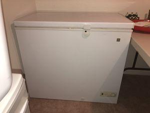 Chest freezer for Sale in Gainesville, VA