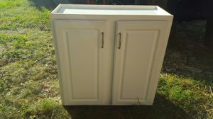 Kitchen wall cabinet for Sale in Midlothian, VA