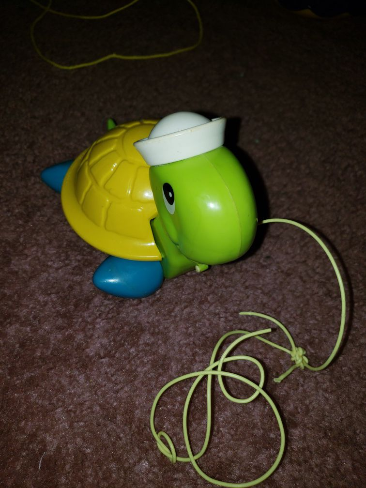 Vintage Fisher and Price pull turtle