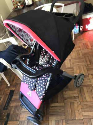Stroller Minnie Mouse coche for Sale in Adelphi, MD