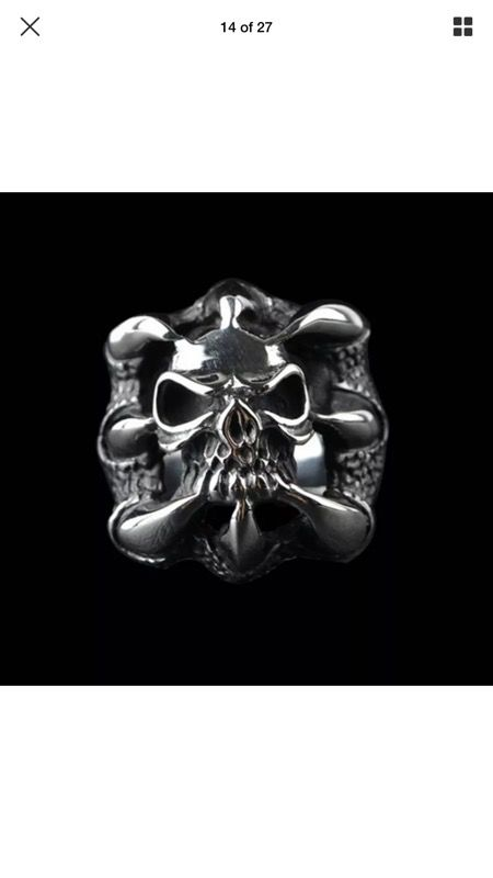 Skull with claws 1/2 price