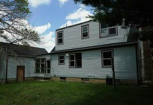 house for sale by owner 39.900 call or text {contact info removed} for Sale in Chicago, IL