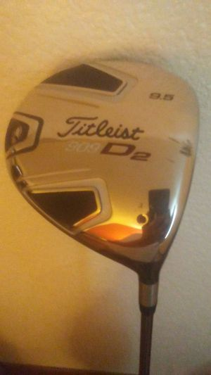 Titleist 909 D2. 9.5 Golf Club Driver With Head Cover for Sale in Fresno, CA