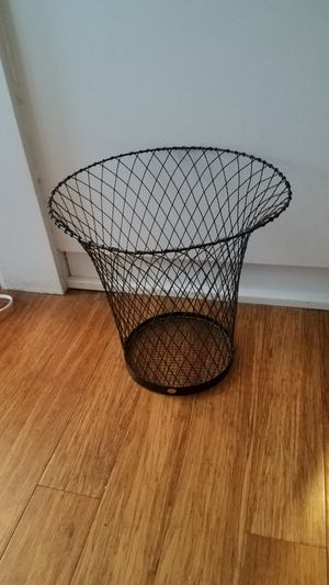 Wire waste basket for Sale in Auburn, WA