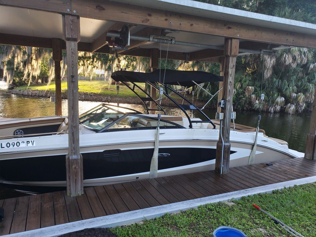 Photo 27 Ft. Sea Ray Deck Boat For Sale