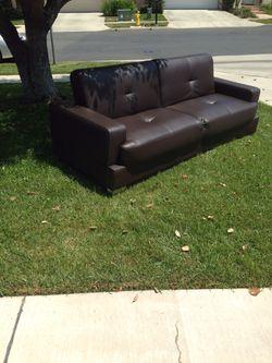 Futon couch Thumbnail