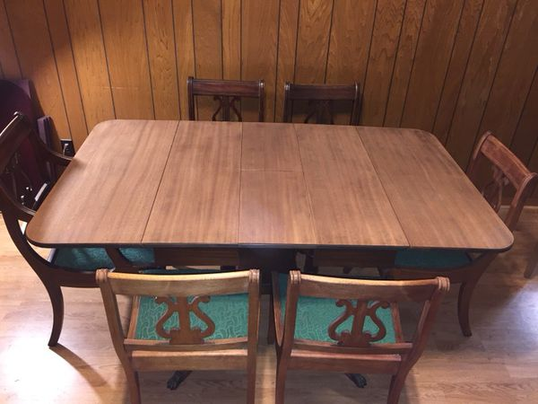 795b7d30f4d5 Sweet Vintage 1930 s Duncan Phyfe Style Mahogany Dining Table with 6 Frieze  Chairs by Imperial Furniture Company ( 125 OBO)