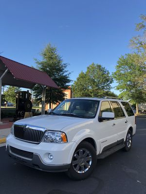 2004 LINCOLN NAVIGATOR FULLY LOADED for Sale in Springfield, VA