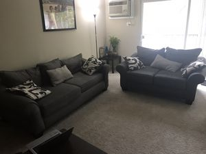 Sofa+love seat (3+2) with 3.5 years of transferable extended warranty for Sale in Mundelein, IL