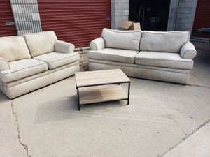 Couch, Loveseat and Coffee Table for Sale in Woodbridge, VA