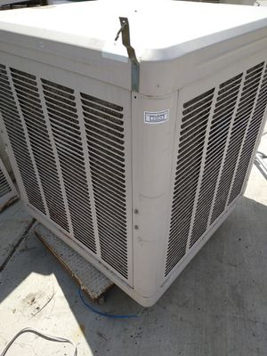 Photo Swamp cooler for the roof garage patio restaurant