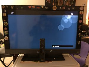 "Sony Bravia 32"" TV good condition 2HDMI ports 1USB port working remote. for Sale in North Potomac, MD"