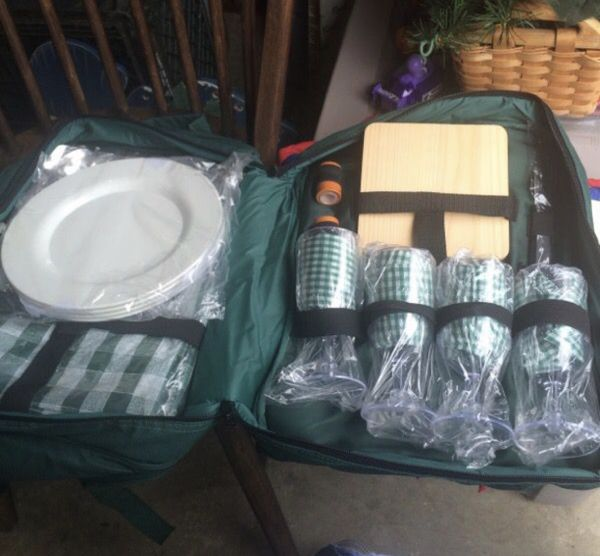 Backpack Picnic Set For Sale In Manassas, VA