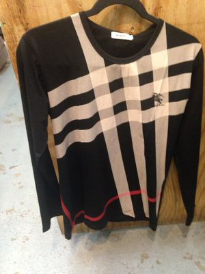 Long sleeve unisex Burberry sweater for Sale in Washington, DC