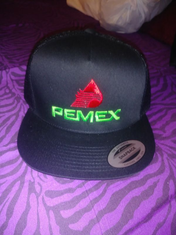 Snapback hats pemex style new for Sale in Lynwood 3846a88019d