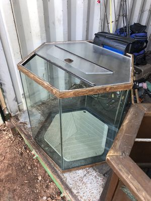 Fish tank and accessories for sale  Tulsa, OK