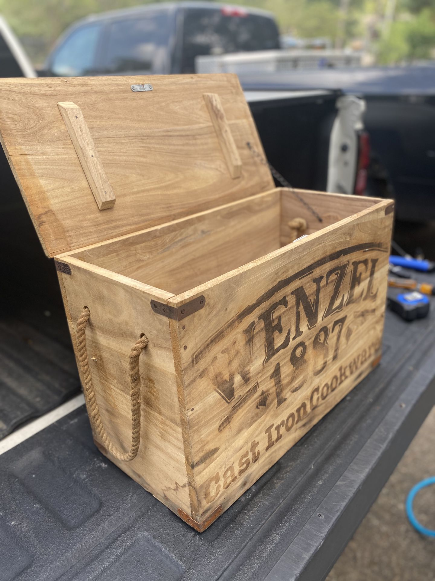 Wenzel cast iron wooden box /crate