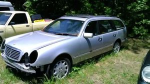 1999 Mercedes Benz e320 wagon (parts) for Sale in Amelia Court House, VA