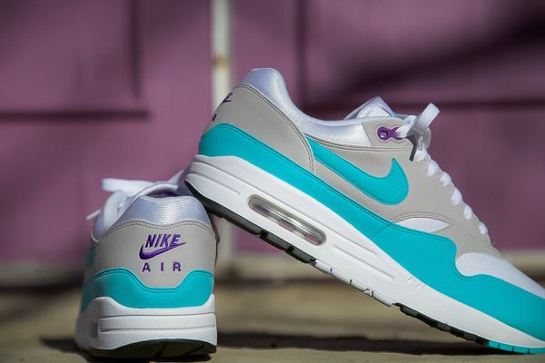 aaca46112f72 Nike Air Max 1 Anniversary Aqua (Clothing   Shoes) in Levittown