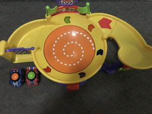 fisher price lil zoomers spinnin sounds speedway for Sale in Arlington, VA