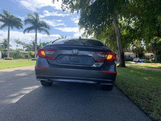 2018 Honda Accord Thumbnail