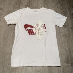 Nik Air Jordan White Red Tee Shirt - Size Boys Medium Thumbnail