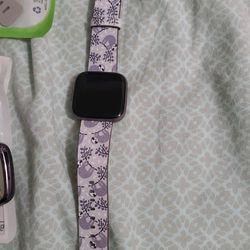 Fitbit Versa2 Plus Accessories Thumbnail