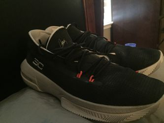 Curry shoes Thumbnail
