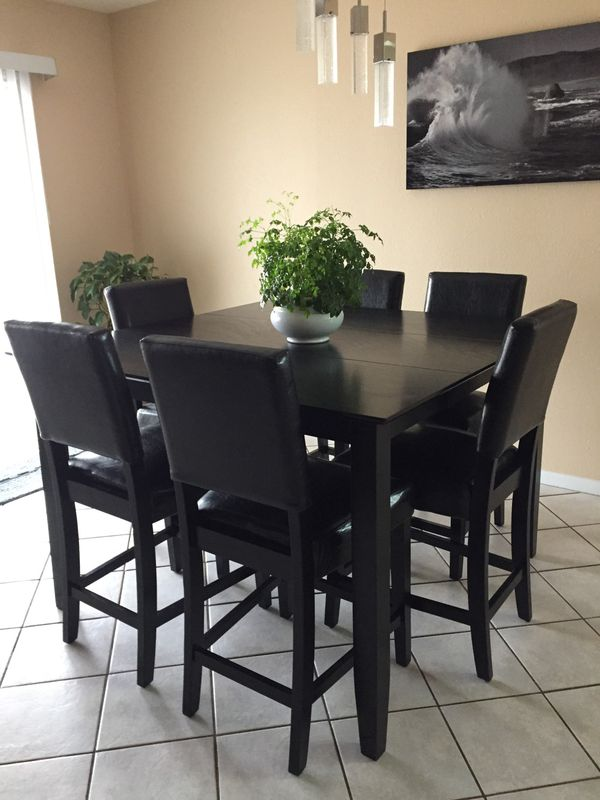 Tall kitchen table like new only used on holidays for Sale ...