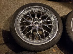 Photo 18 inch Wheels for accord or civic 4 lug nuts