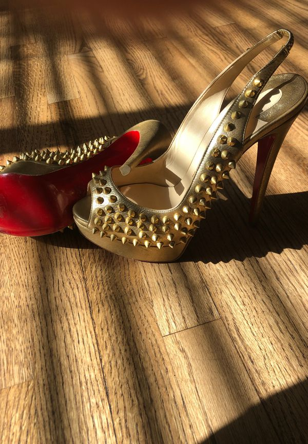 99657e37242 Christian Louboutin gold heels for Sale in Woodland Hills, CA - OfferUp