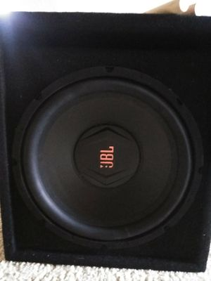 12 inch jbl sub and ported box Best buy set for Sale in Heathrow, FL