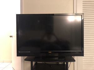 """Vizio 47"""" LCD TV for Sale in Miami, FL"""