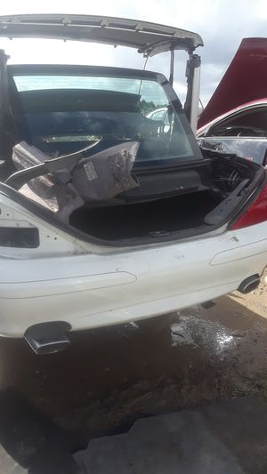 2005 Mercedes-Benz SL500 for parts for Sale in Houston, TX