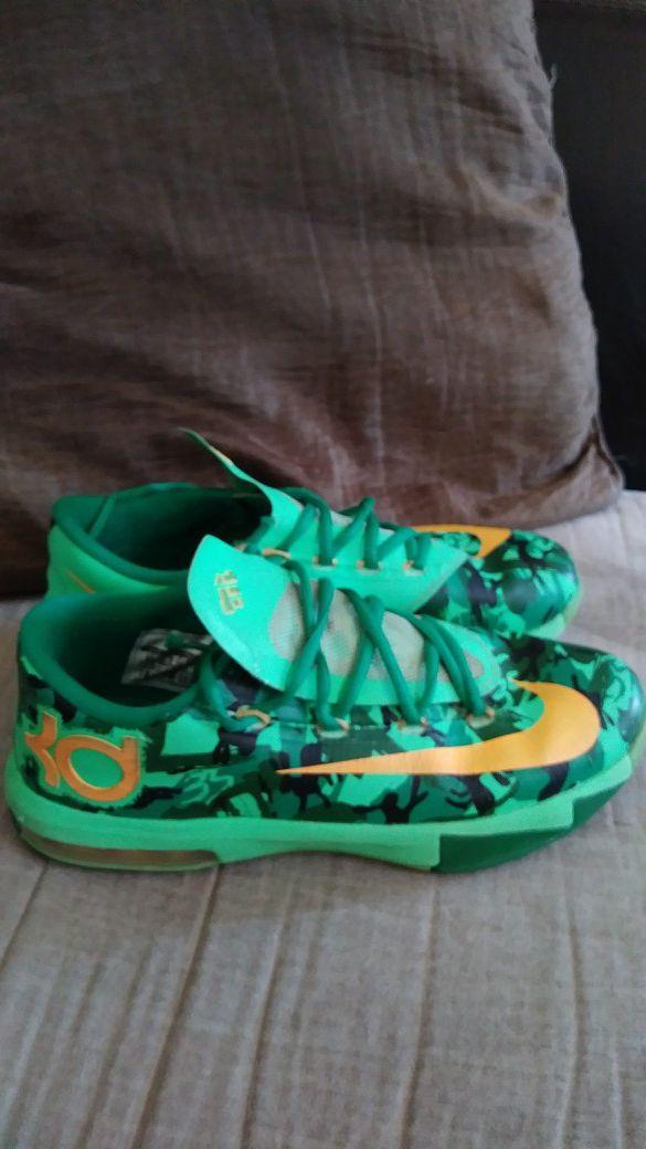 buy online 556c7 70ce8 Nike KD 6 GS