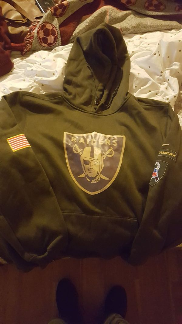 uk availability 2936d 63e5a RAIDERS SALUTE TO SERVICE SWEATSHIRT for Sale in West Covina, CA - OfferUp