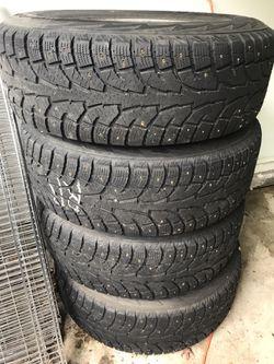 Toyota 4Runner Snow Tires + Wheels Thumbnail