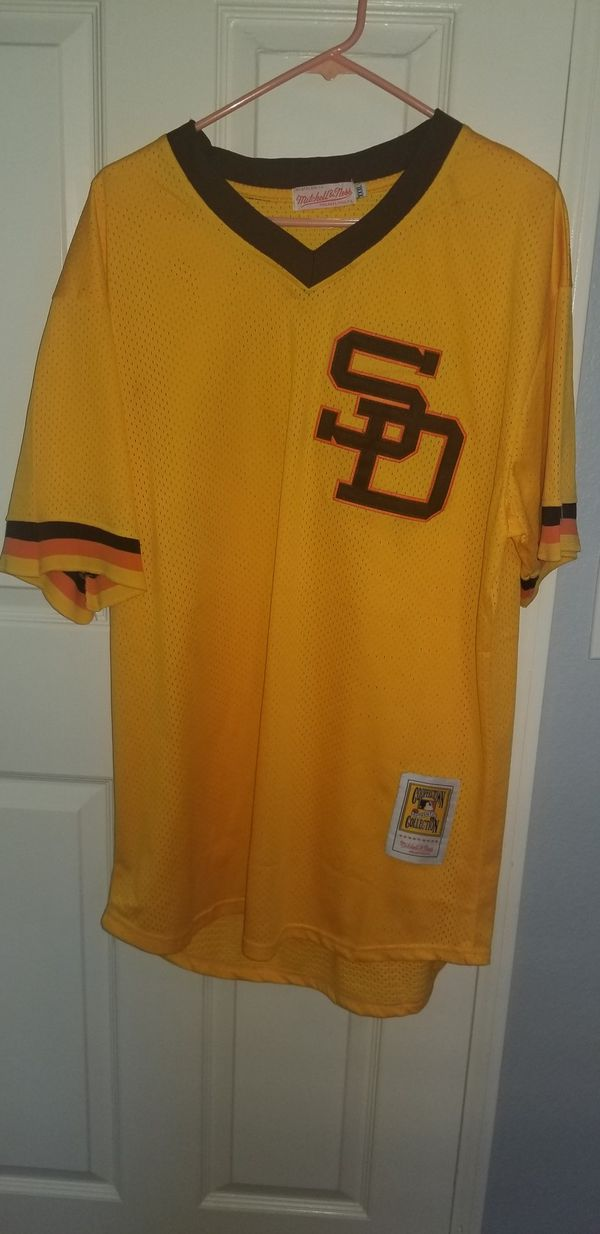new product d245e 3d27e Tony Gwynn Throwback Jersey for Sale in Chula Vista, CA - OfferUp